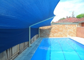 SAM_Blue cantilivered Pool cover 2