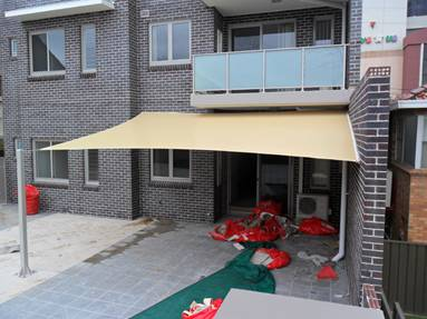 Shade Sail Flat Edge to Building